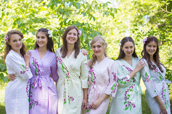 Mismatched Climbing Vines Patterned Bridesmaids Robes in Soft Tones|Mismatched Climbing Vines Patterned Bridesmaids Robes in Soft Tones|Mismatched Climbing Vines Patterned Bridesmaids Robes in Soft Tones|Climbing Vines