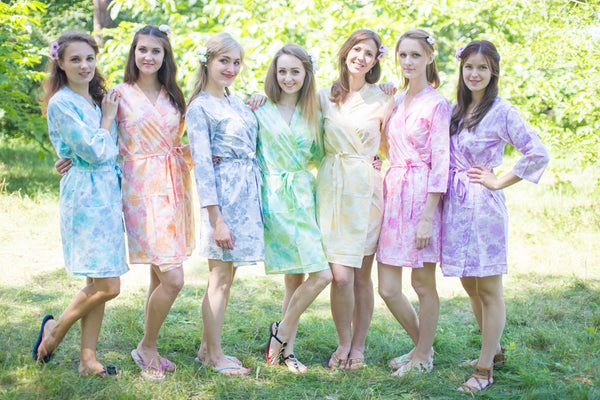 Mismatched Ombre Fading Leaves Patterned Bridesmaids Robes in Soft Tones|Mismatched Ombre Fading Leaves Patterned Bridesmaids Robes in Soft Tones|Mismatched Ombre Fading Leaves Patterned Bridesmaids Robes in Soft Tones|Ombre Fading Leaves