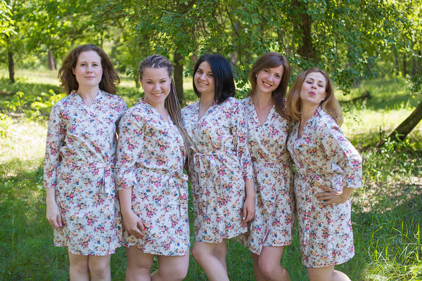 White Vintage Chic Floral Pattern Bridesmaids Robes|3|White Vintage Chic Floral Pattern Bridesmaids Robes|White Vintage Chic Floral Pattern Bridesmaids Robes