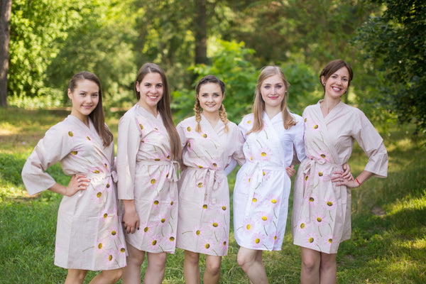 Gray Falling Daisies Pattern Bridesmaids Robes