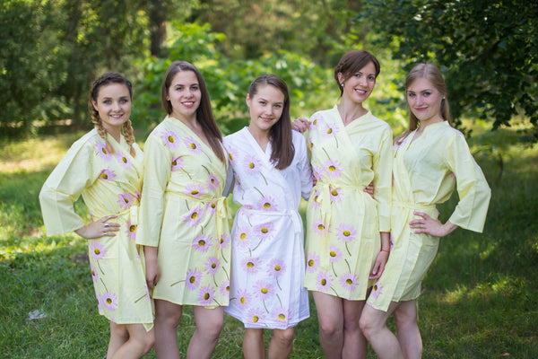Falling Daisies Pattern Bridesmaids Robes|Light Yellow Falling Daisies Pattern Bridesmaids Robes|Falling Daisies