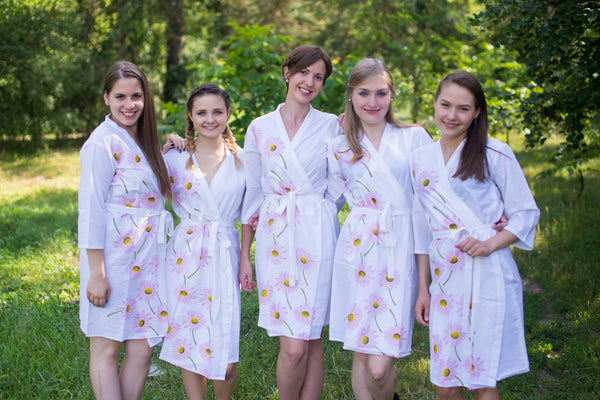 Falling Daisies Pattern Bridesmaids Robes|White Falling Daisies Pattern Bridesmaids Robes|Falling Daisies