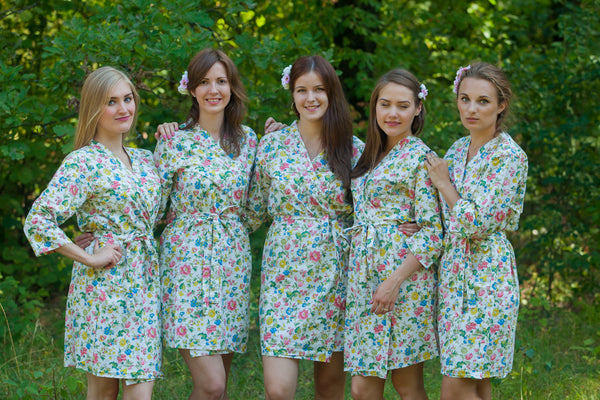 White Happy Flowers Pattern Bridesmaids Robes