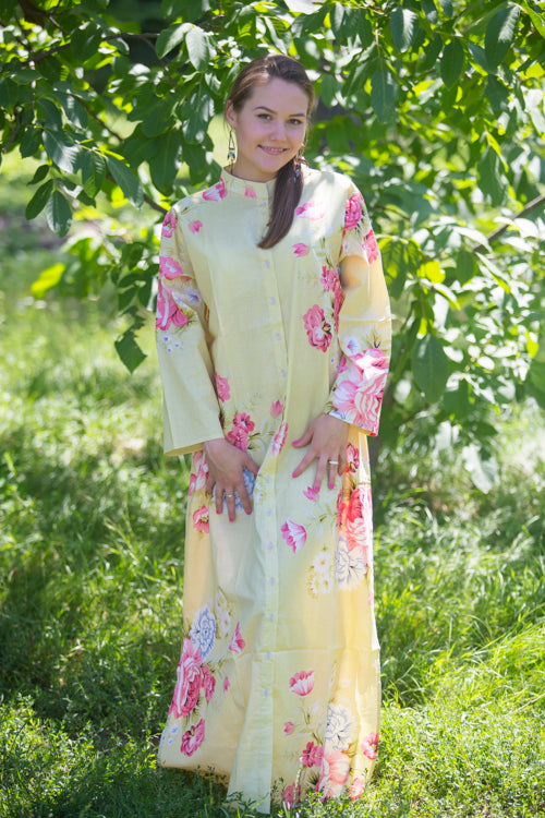 Light Yellow Charming Collars Style Caftan in Cabbage Roses Pattern