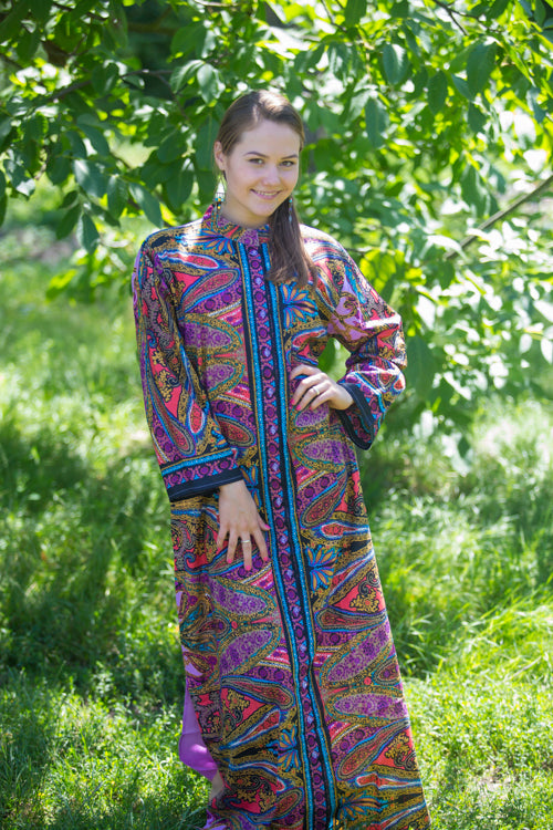 Lilac Charming Collars Style Caftan in Cheerful Paisleys Pattern
