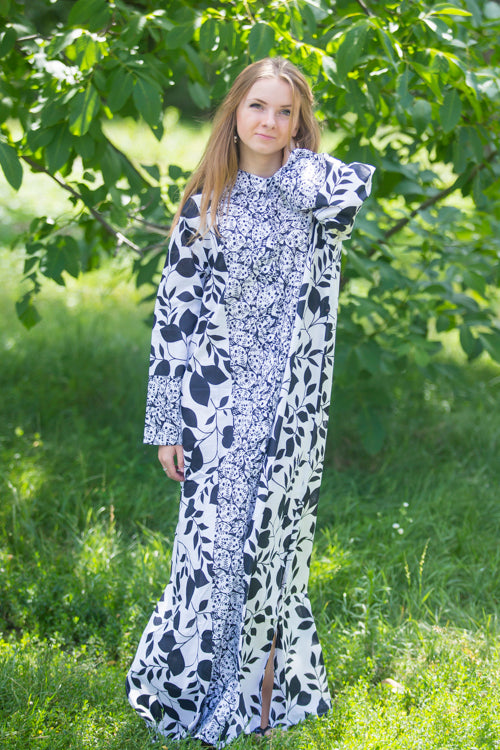 White Charming Collars Style Caftan in Classic White Black Pattern|White Charming Collars Style Caftan in Classic White Black Pattern|White Charming Collars Style Caftan in Classic White Black Pattern