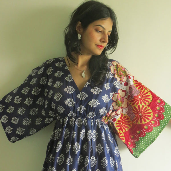 Dark Blue I Wanna Fly Style Caftan in Floral Bordered Pattern|Dark Blue I Wanna Fly Style Caftan in Floral Bordered Pattern|Floral Bordered