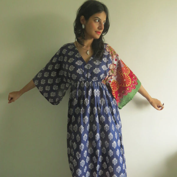 Dark Blue I Wanna Fly Style Caftan in Floral Bordered Pattern