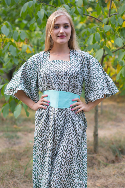 Olive Green Beauty, Belt and Beyond Style Caftan in Geometric Chevron|Olive Green Beauty, Belt and Beyond Style Caftan in Geometric Chevron|Geometric Chevron