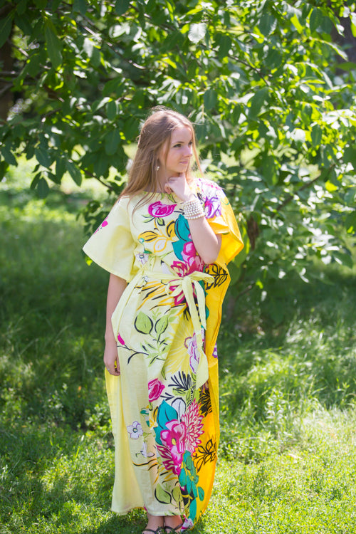 Light Yellow Divinely Simple Style Caftan in Jungle of Flowers Pattern|Light Yellow Divinely Simple Style Caftan in Jungle of Flowers Pattern|Jungle of Flowers