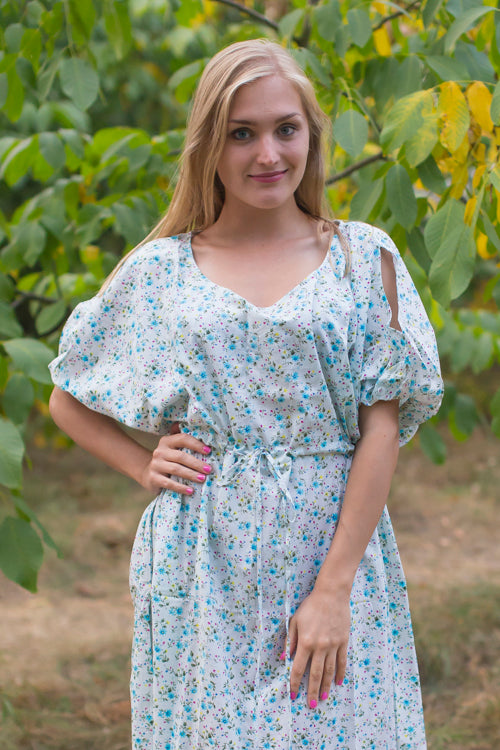Light Blue Cut Out Cute Style Caftan in Starry Florals Pattern|Light Blue Cut Out Cute Style Caftan in Starry Florals Pattern|Starry Florals