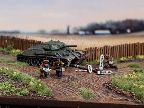 6mm/1:285 scale Soviets
