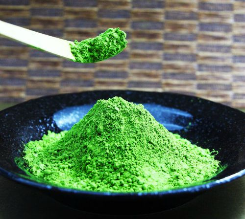 Bright Green Matcha Tea