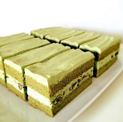 Delicious, light, fluffy matcha sponge cake layered with creamy smooth matcha mousse and filled with adzuki beans