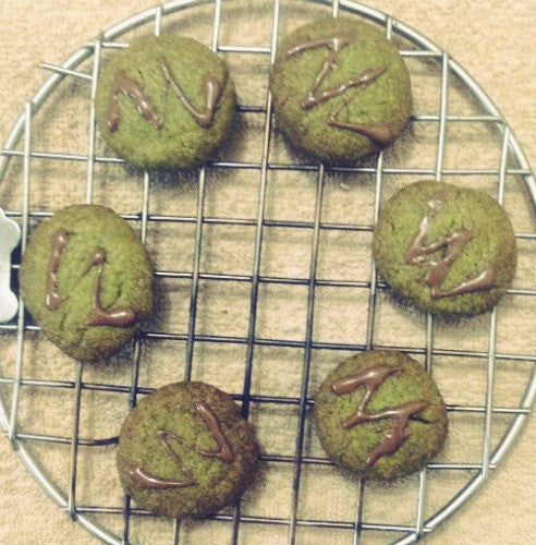 Soft, fluffy and buttery Matcha Cookies made with earthly matcha green tea powder that packed with healthy antioxidants