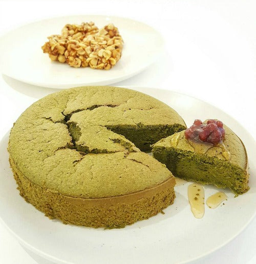 Matcha Green Tea Cake. It's fluffy, moist, and light cake recipe. Delicious and rich with matcha flavour