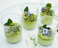 Matcha panna cotta by @hey.there.sugar