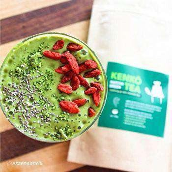 Matcha Green Smoothie with Chia Seeds and Goji Berries from Kenko Tea