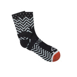 Zig Zag Reflective Quarter Ankle Socks (Black)