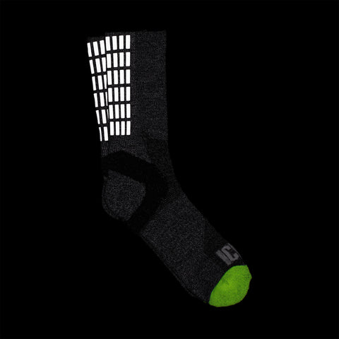 Gradient Grid Reflective Half Calf Sock (Charcoal)