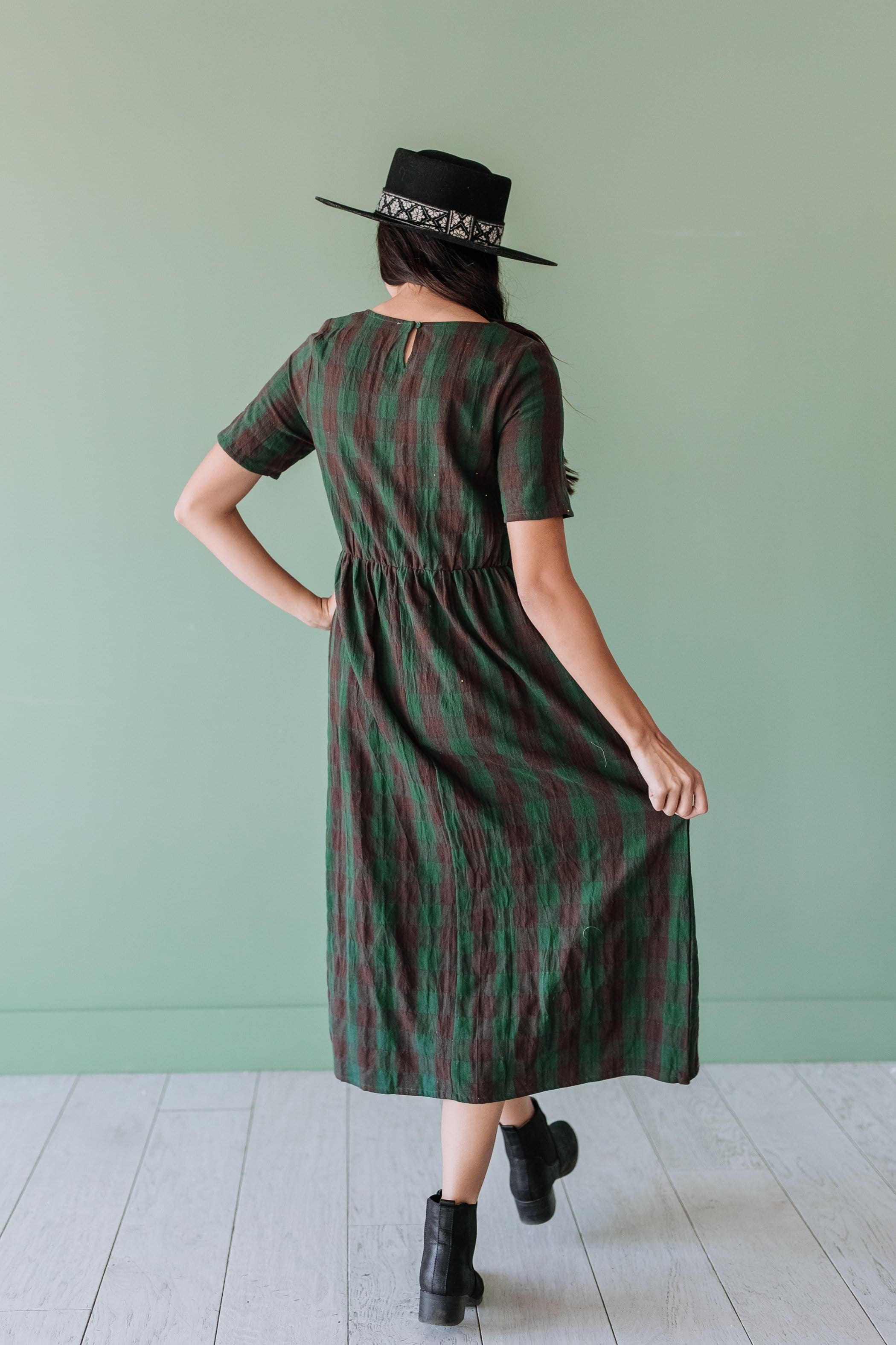The Scotland Midi Dress in Charcoal and Hunter Green
