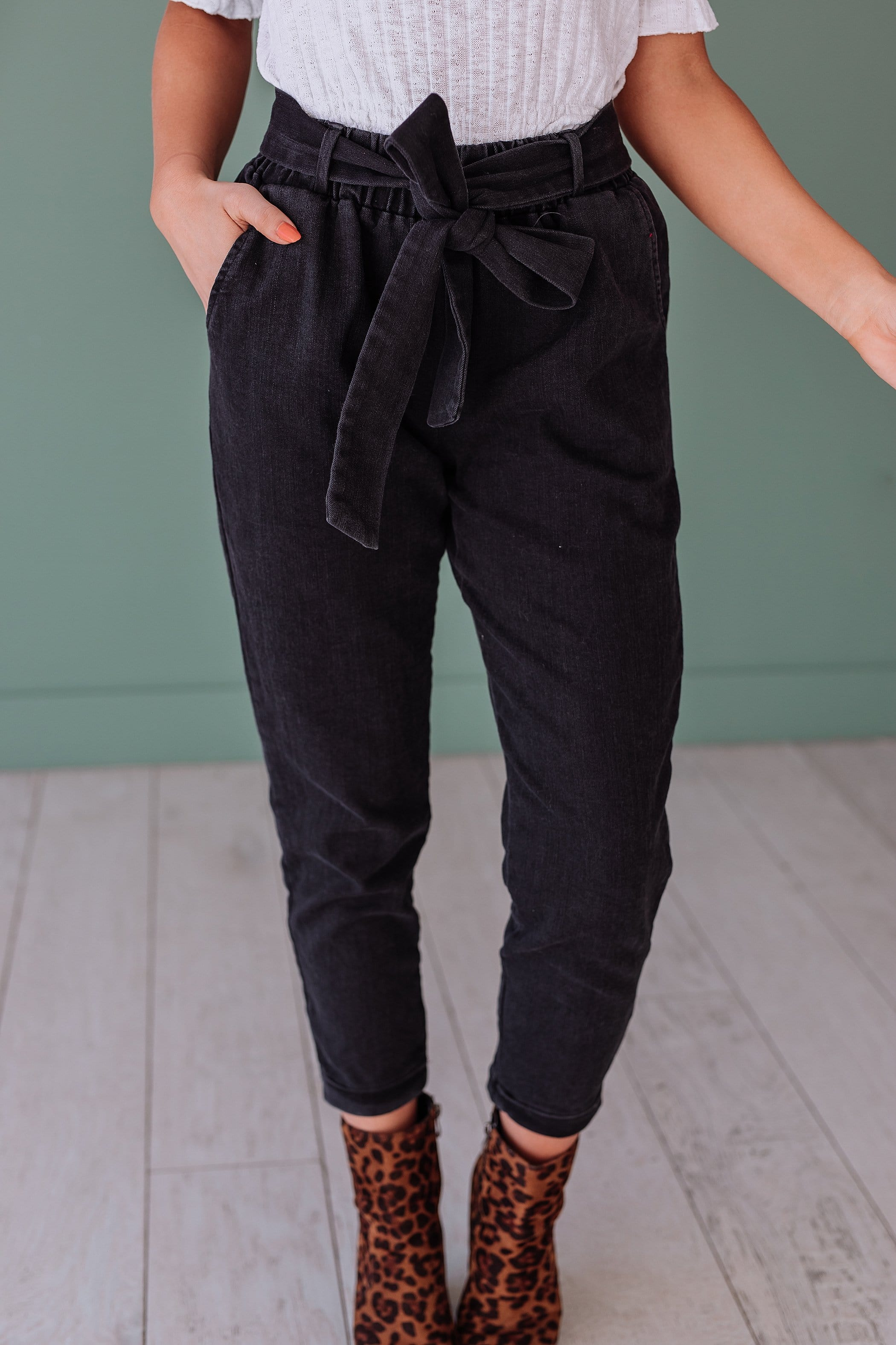 The Myers Cuffed Pants in Black