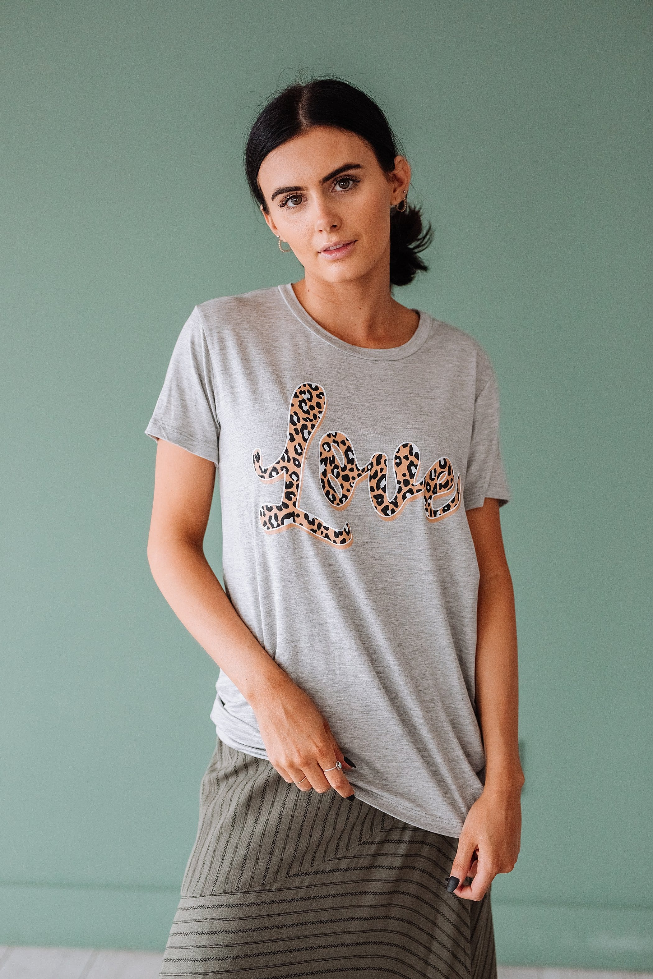 The Leopard Love Graphic Top in Heather Grey