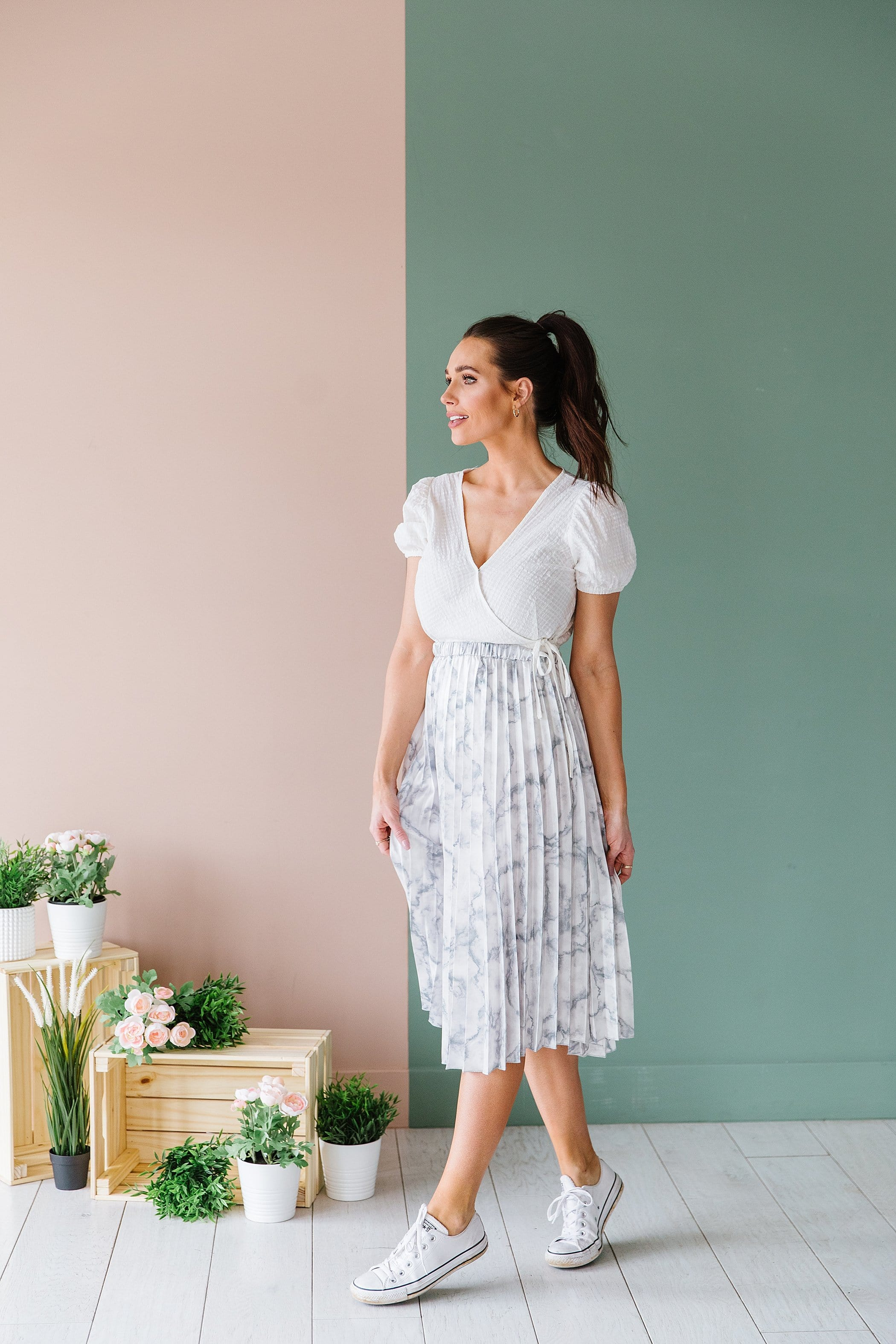 The Rome Marble Pleated Midi Skirt in Grey