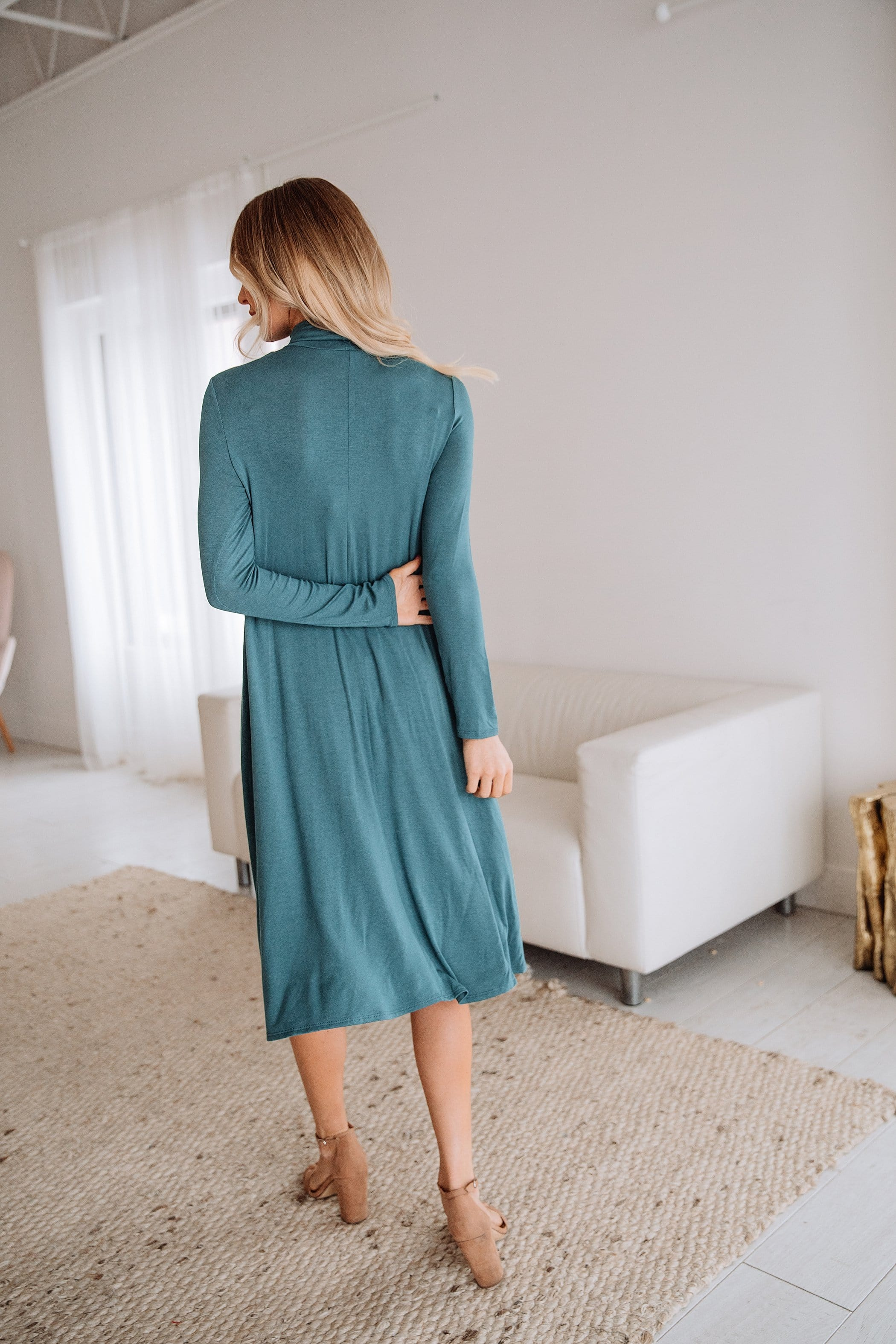 The Hinckley Midi Dress in Teal