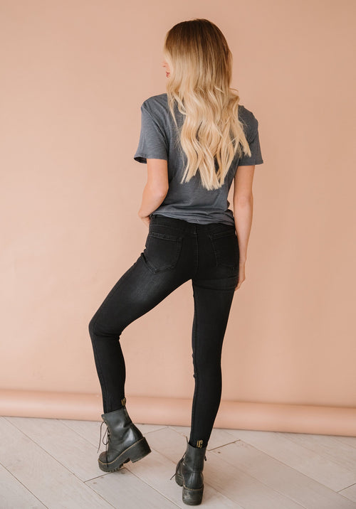 The Wanderer Jeans in Black
