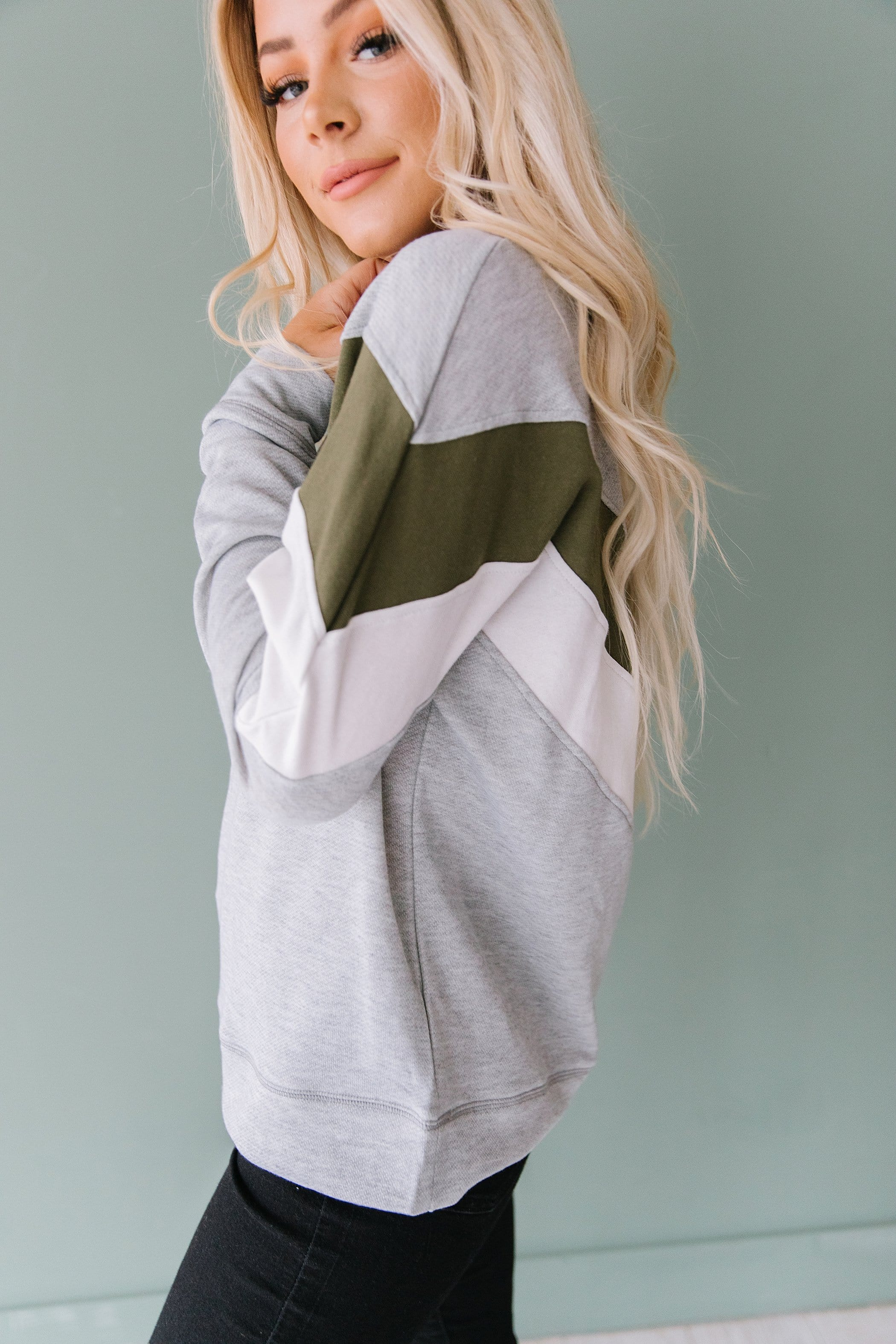 The Shay Color Block Sweatshirt in Dusty Rose and Heather Grey