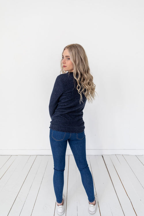 The Andra Mid Rise Skinny Jeans in Medium Wash