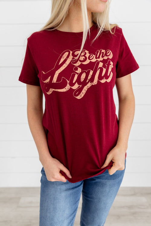 The Be the Light Graphic Top in Burgundy
