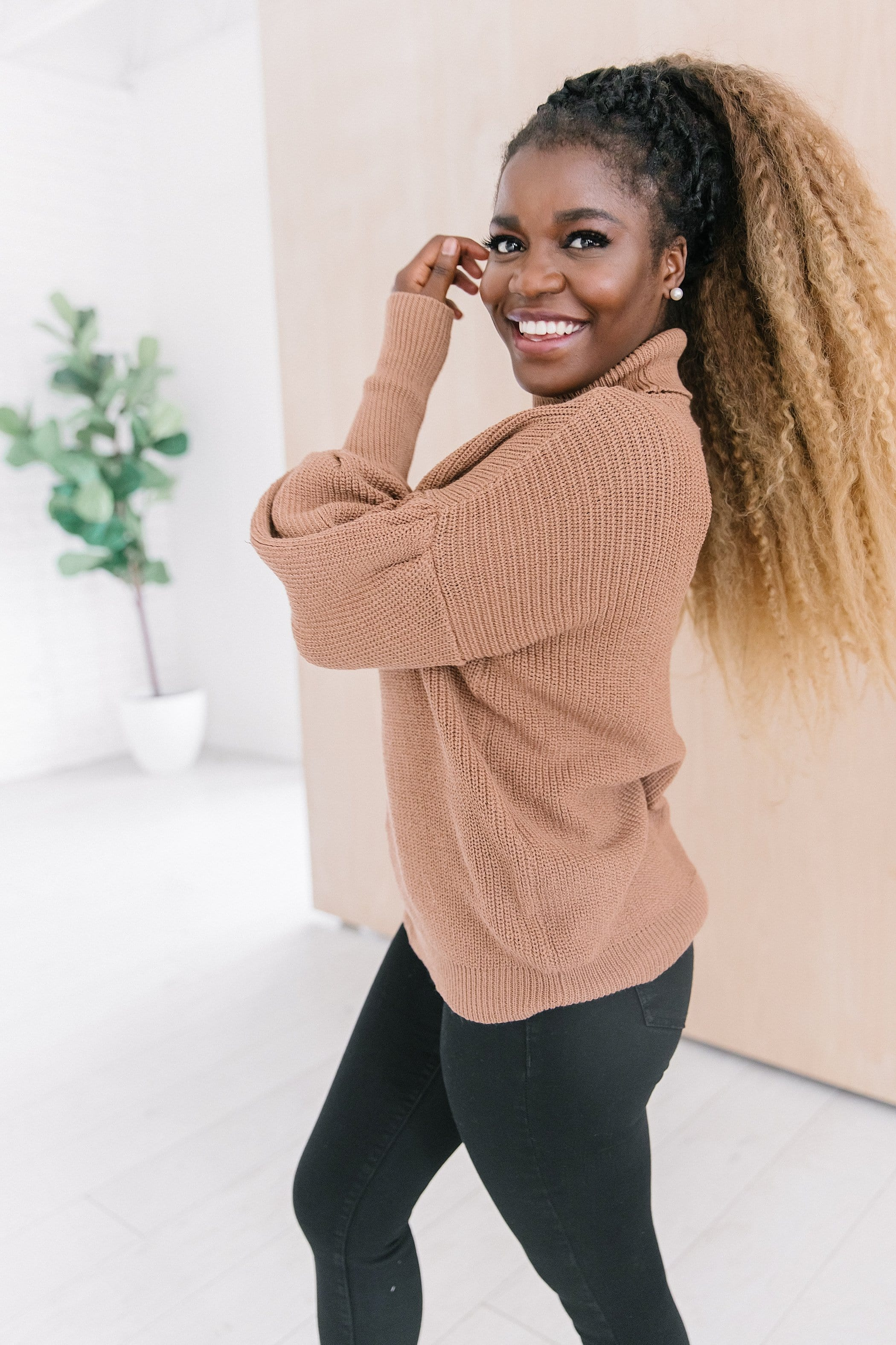 The Denton Puff Sleeve Sweater in Camel and Hunter Green