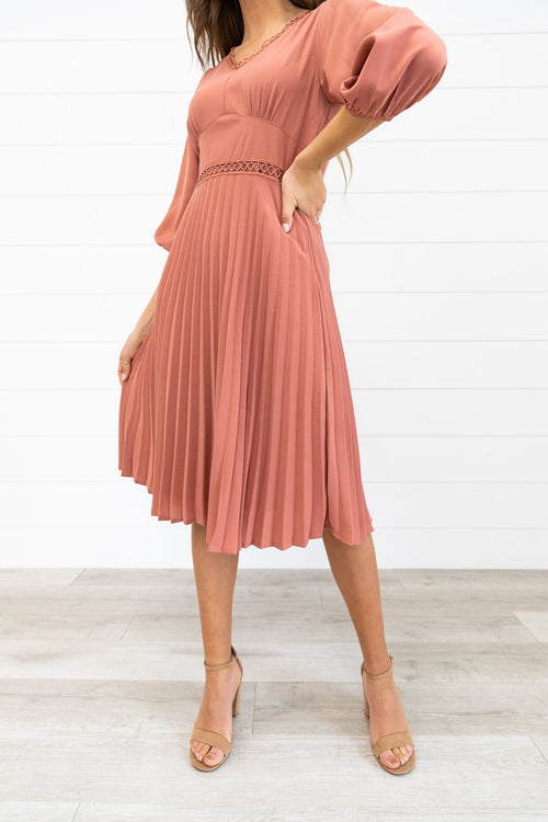 The Elizabeth Pleated Dress in Rose