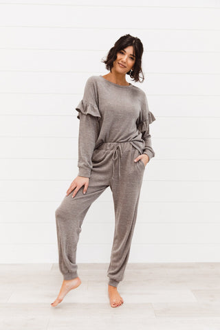 The Rylin Contrast Sleeve Top in Grey