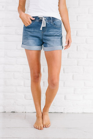 The Tatum Mid Rise Bermuda Shorts in Medium Wash