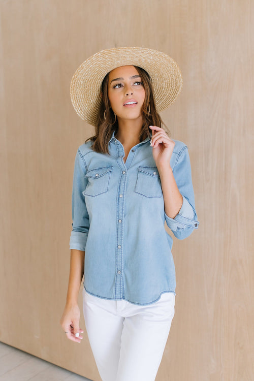 The Indigo Chambray Top in Light Wash