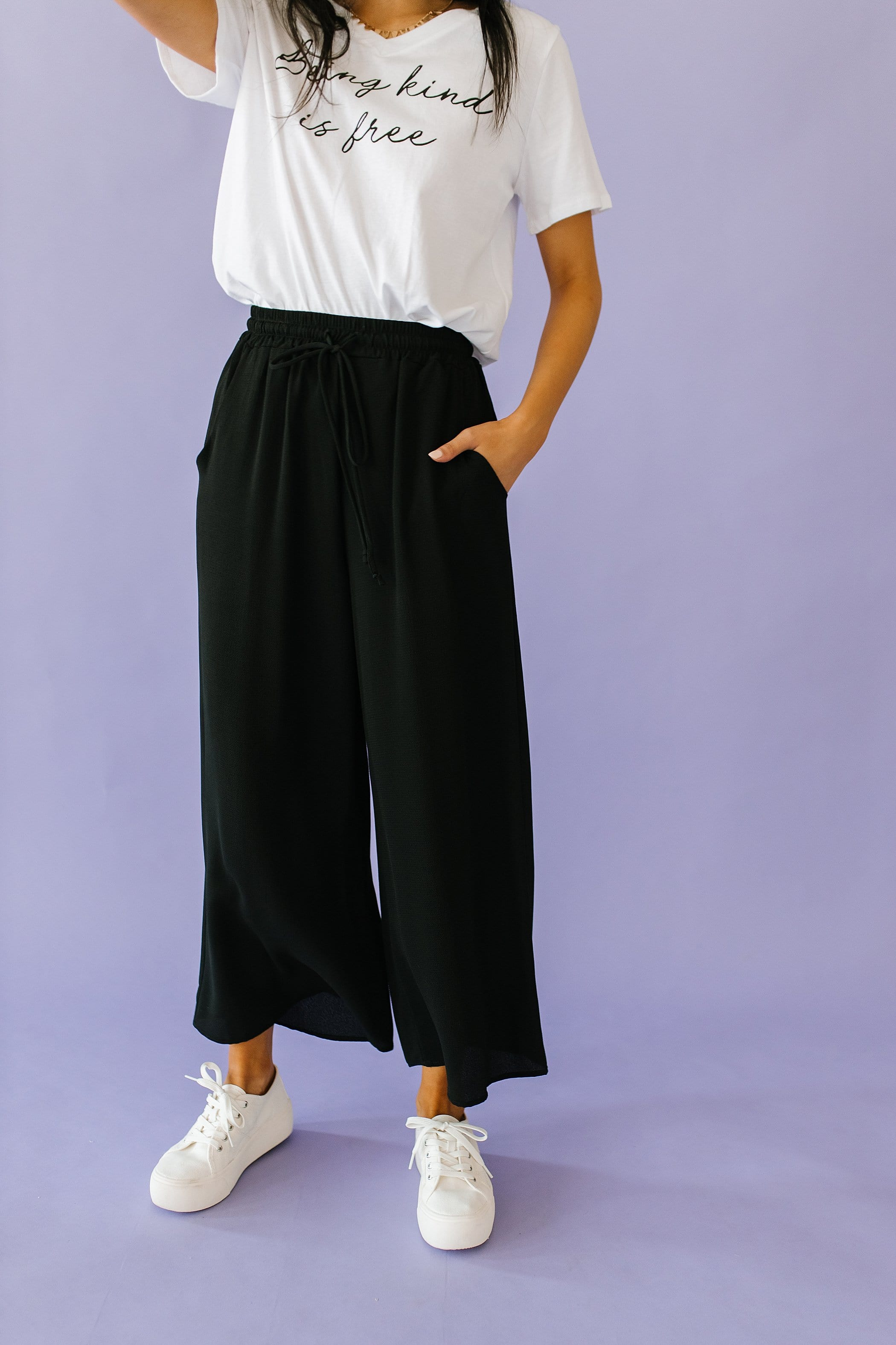 The Laurie Wide Leg Pants in Black