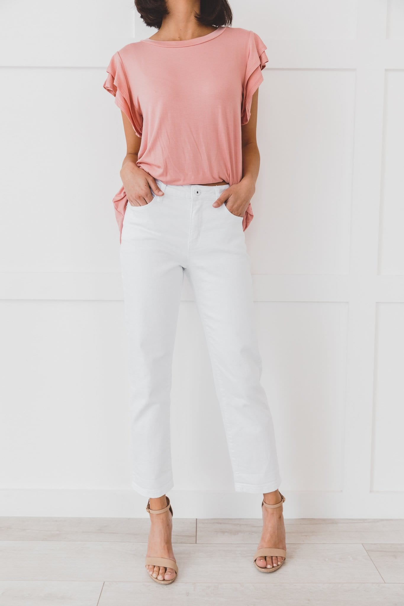 The Tessa Boyfriend Fit Jeans In White