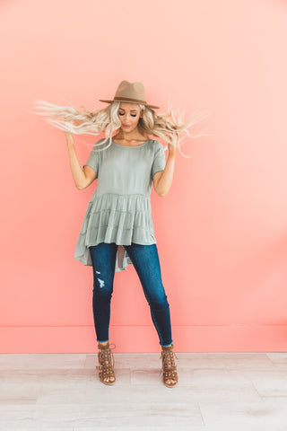 The Here Comes the Sun Top in Peach