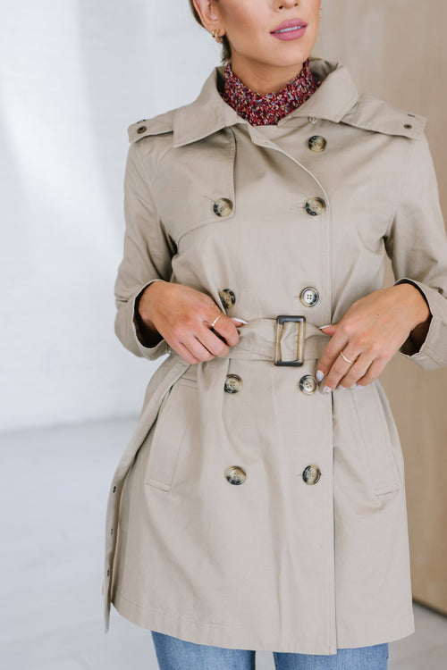 The Thornley Trench Coat in Khaki