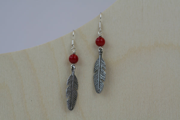 Daliso Leaf Charm Earrings