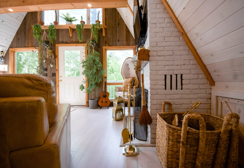 Identifying dominant wood tones in your home