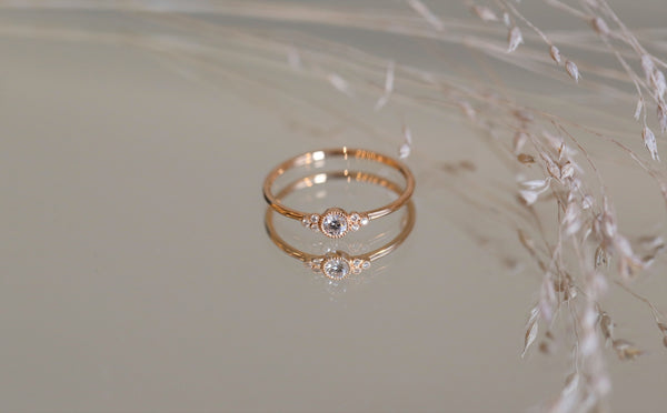 Bague de fiancailles Flora or rose et diamants Myrtille Beck