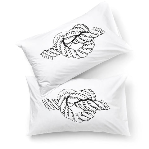 Mildred and Co / Love Knot Pillowcase