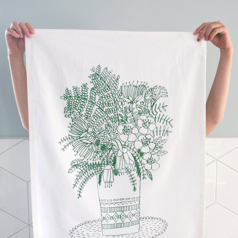 ***NEW*** NATIVE NZ FLOWERS Tea Towel OLIVE