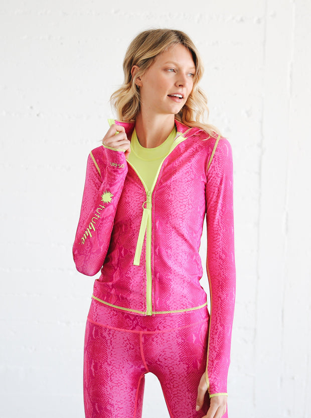 WOMEN'S ZIP RASH GUARD - IN THE PINK