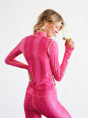 WOMEN'S PULLOVER RASH GUARD - IN THE PINK