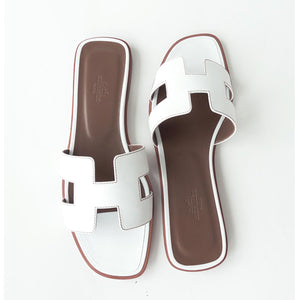 Hermes White Oran Leather Box Calfskin Sandals Orans Size 39 or 8.5